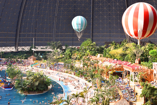 tropical islands balloon