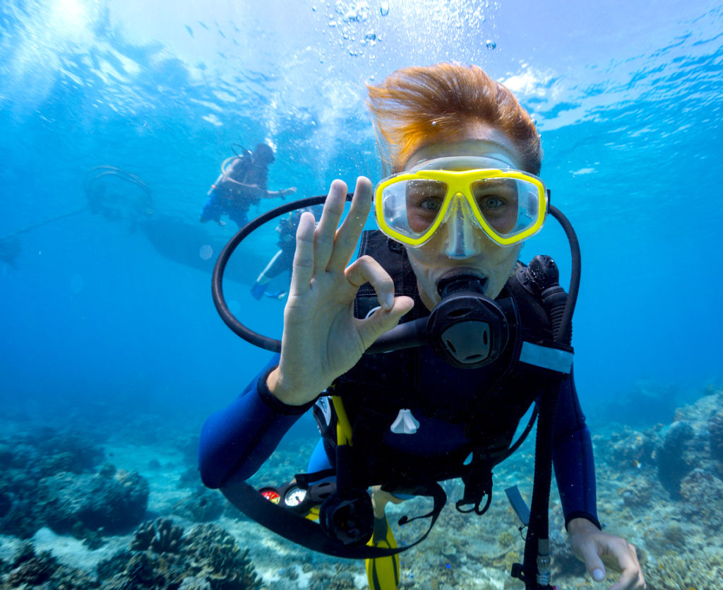 Scuba Diving am National Riviera Strand