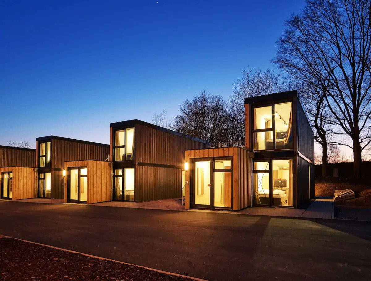 airbnb ueberseecontainer tiny house